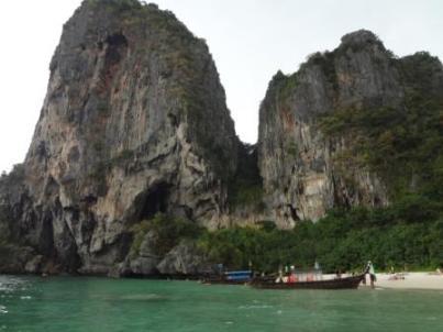 phra nang cave bay